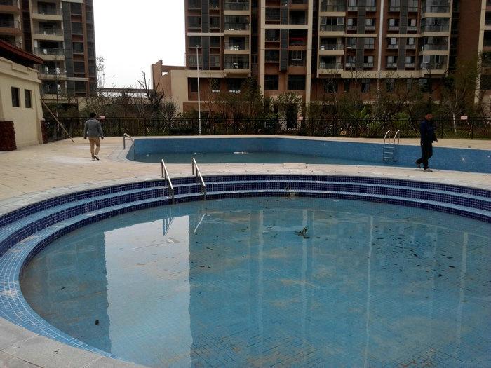 曼城遊泳池竣工