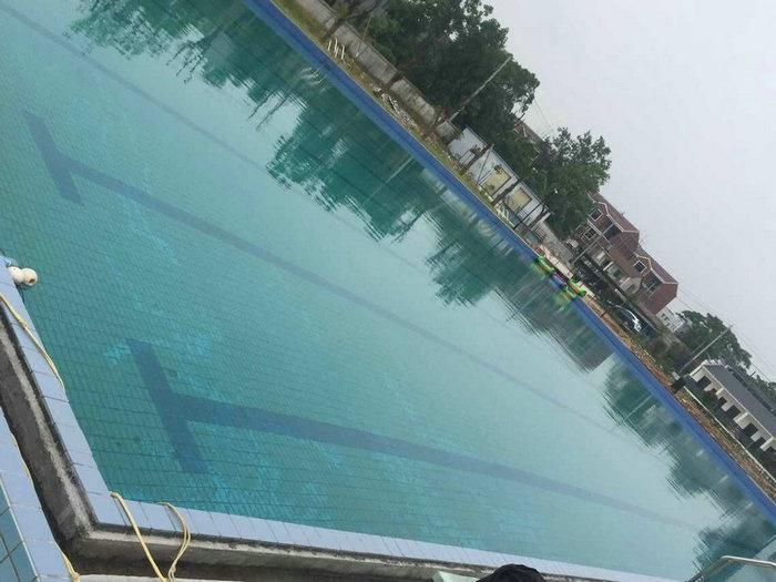 湖北黃梅費私家泳池竣工